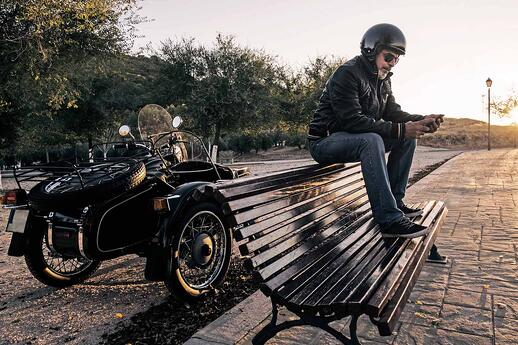 man_with_sidecarbike_compressed